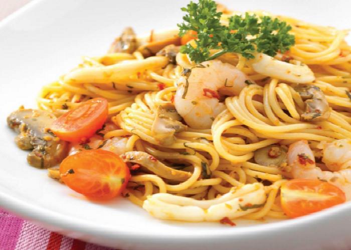 Secret Recipe halal tom yam spaghetti
